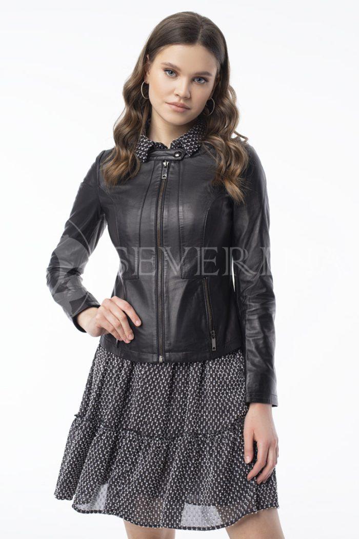 kurtka kozha pritalennaja stojka 700x1050 - куртка из натуральной кожи приталенного силуэта