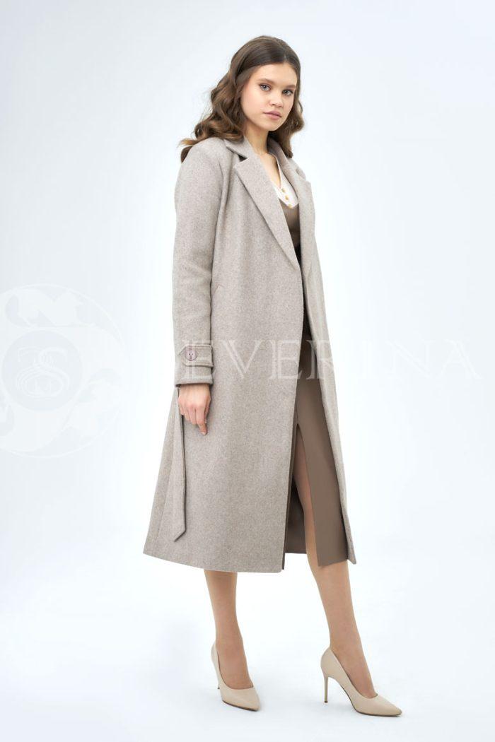 bezhevoe palto 700x1050 - пальто классическое кофейного цвета