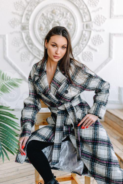 palto kletka belaja i cvetnaja 500x750 - пальто классическое в клетку