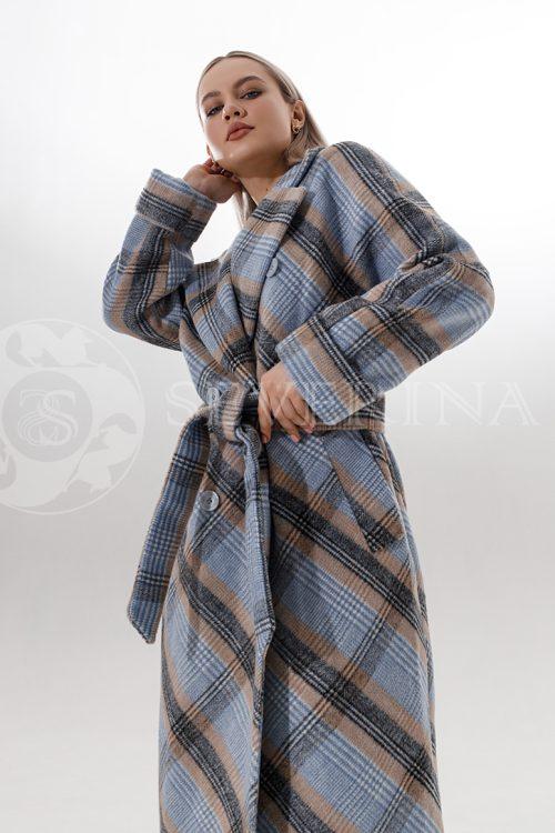 palto kletka dzhins bezh 500x750 - полупальто с отделкой из меха норки пудрового цвета