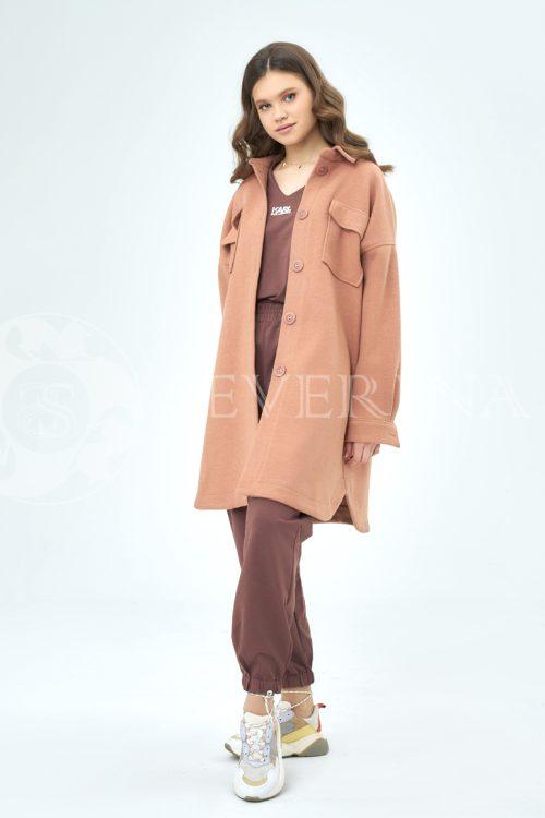 palto rubashka korallovyj 1 500x750 - пальто-рубашка из мягкой ткани цвета camel