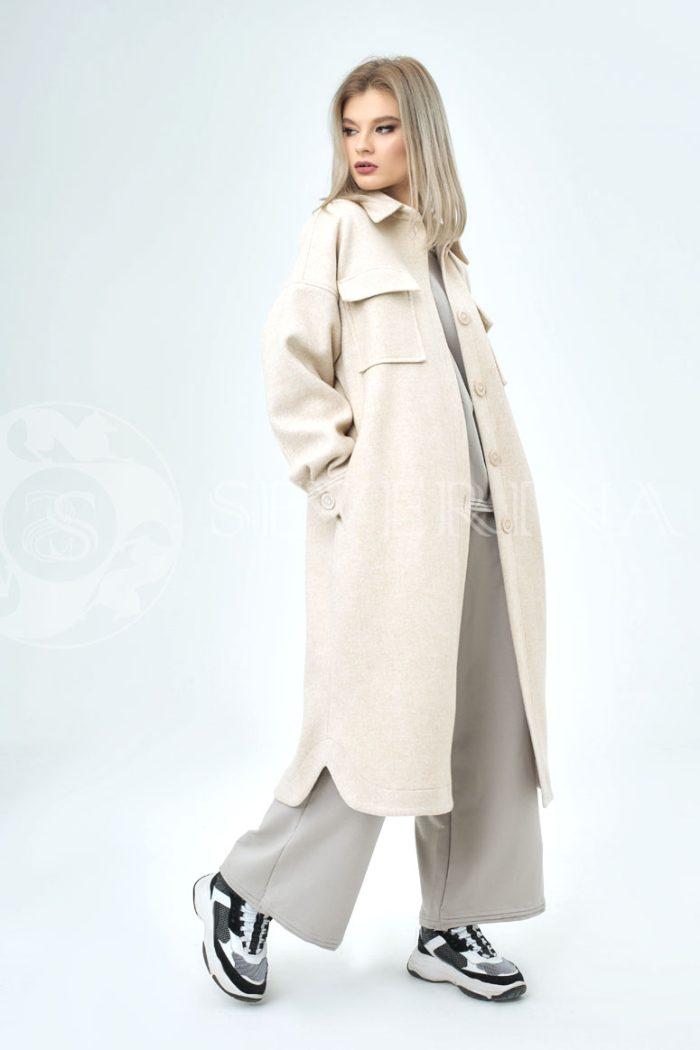 palto rubashka moloko 700x1050 - пальто-рубашка из мягкой ткани бежевого цвета