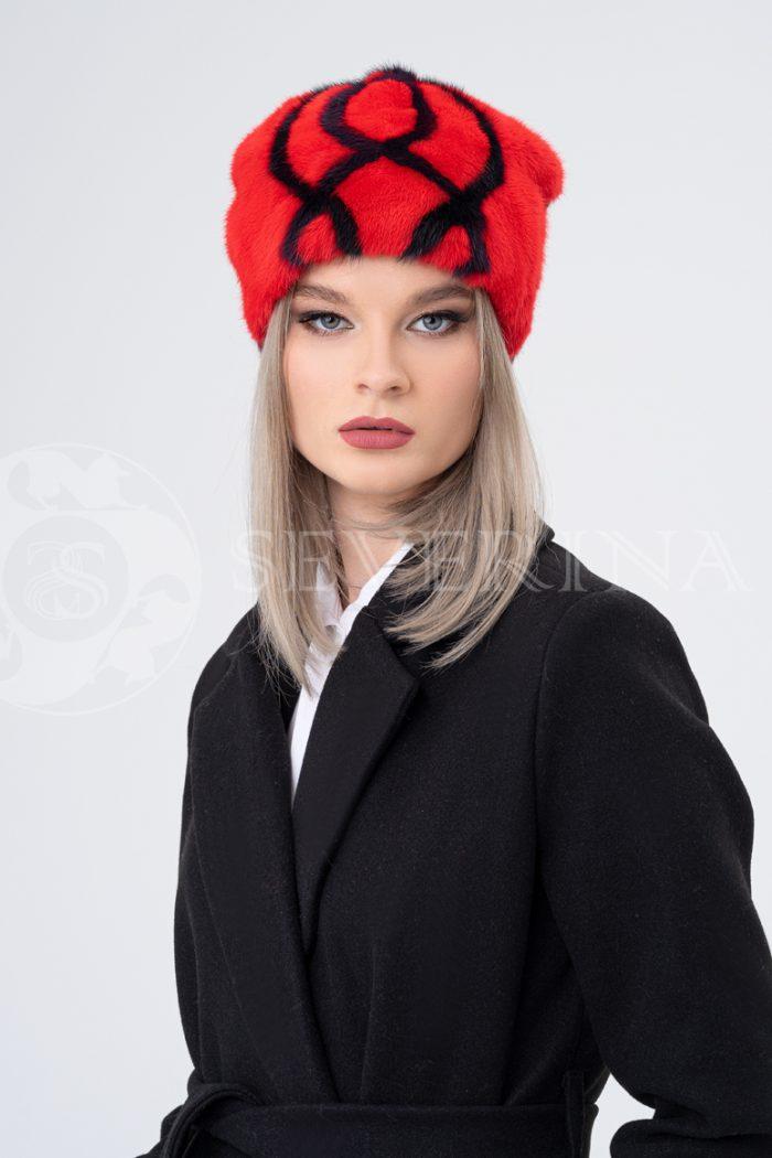 shapka krasno chernaja ornament 700x1050 - шапка из меха норки и песца с вязаной отделкой