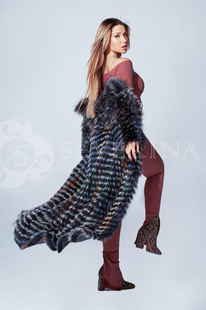 shuba lisa polosami 1 1 700x1050 - шуба из цветного меха лисы чернобурки