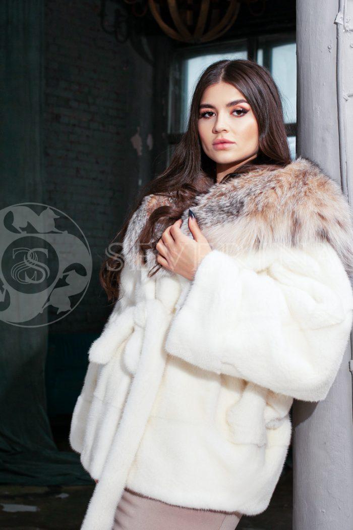 shuba norka belaja s rysju 2 700x1050 - шуба из меха норки с отделкой из меха рыси
