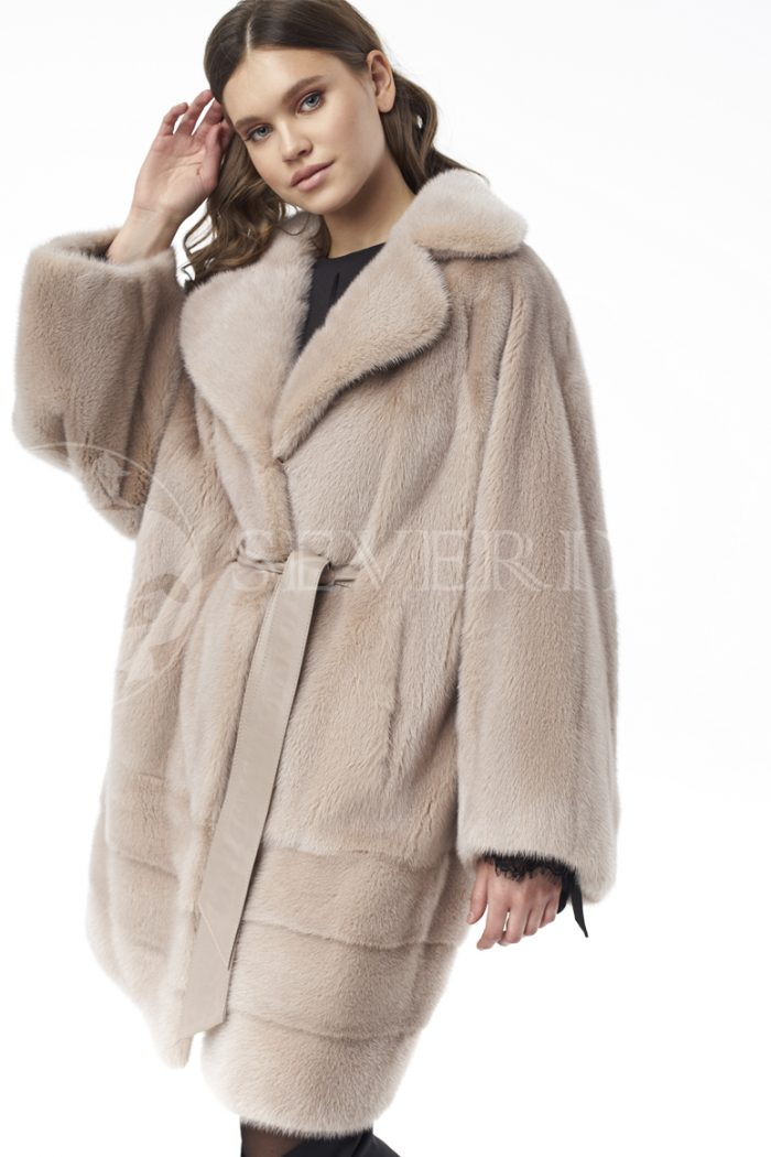 shuba norka bezh 1 700x1050 - шуба из меха скандинавской норки бежевого цвета