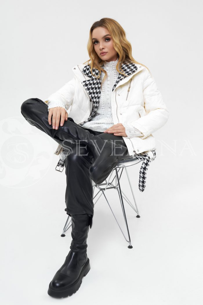 "kurtka belaja gusinaja lapka 700x1050 - куртка-пуховик на молнии с отделкой тканью ""гусиная лапка"""