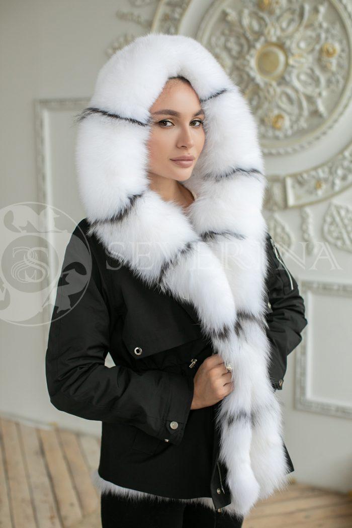 parka chernaja lisa belaja 700x1050 - куртка-парка с отделкой мехом песца