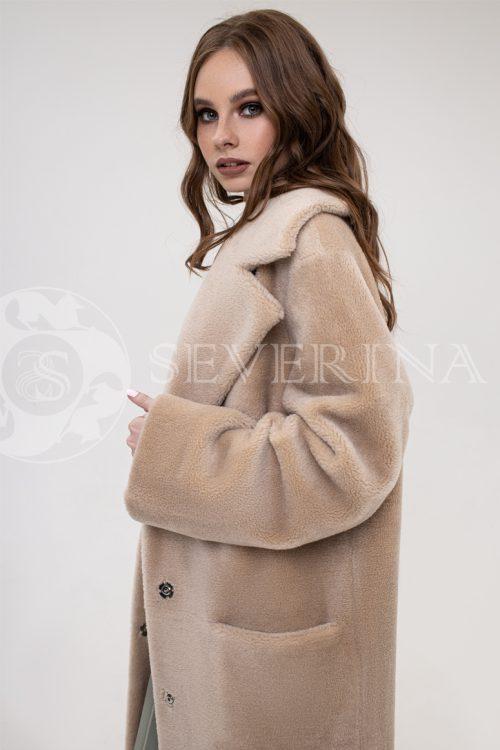 palto jekomeh bezhevoe oversajz 500x750 - пальто из экомеха