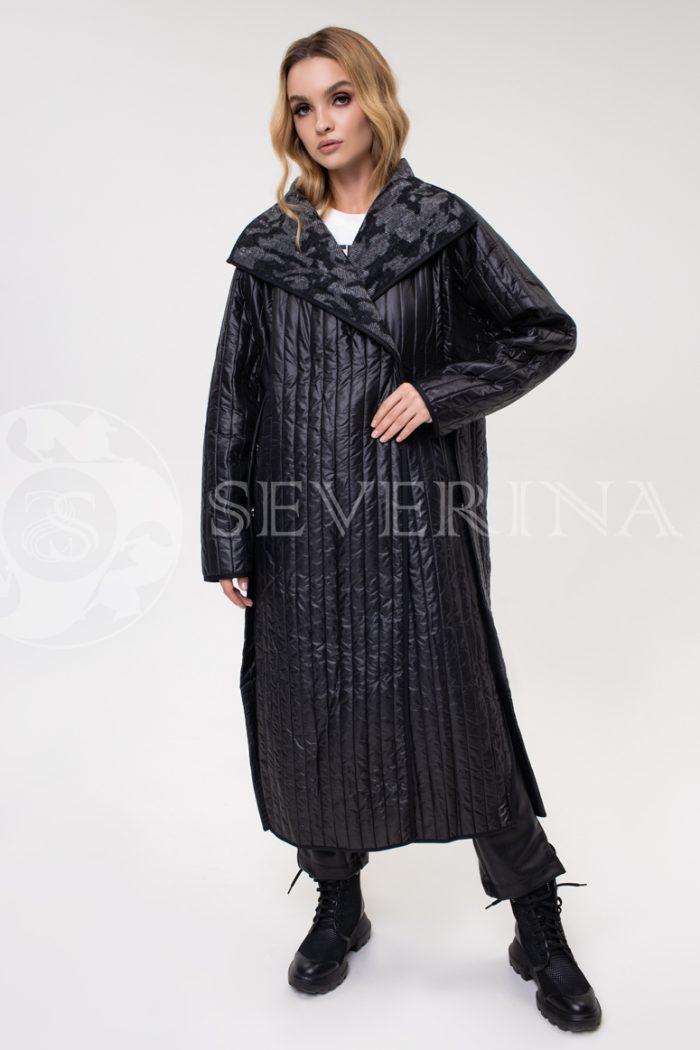 palto stezhka chernoe kamufljazh 700x1050 - пальто стёганое с камуфляжной изнанкой