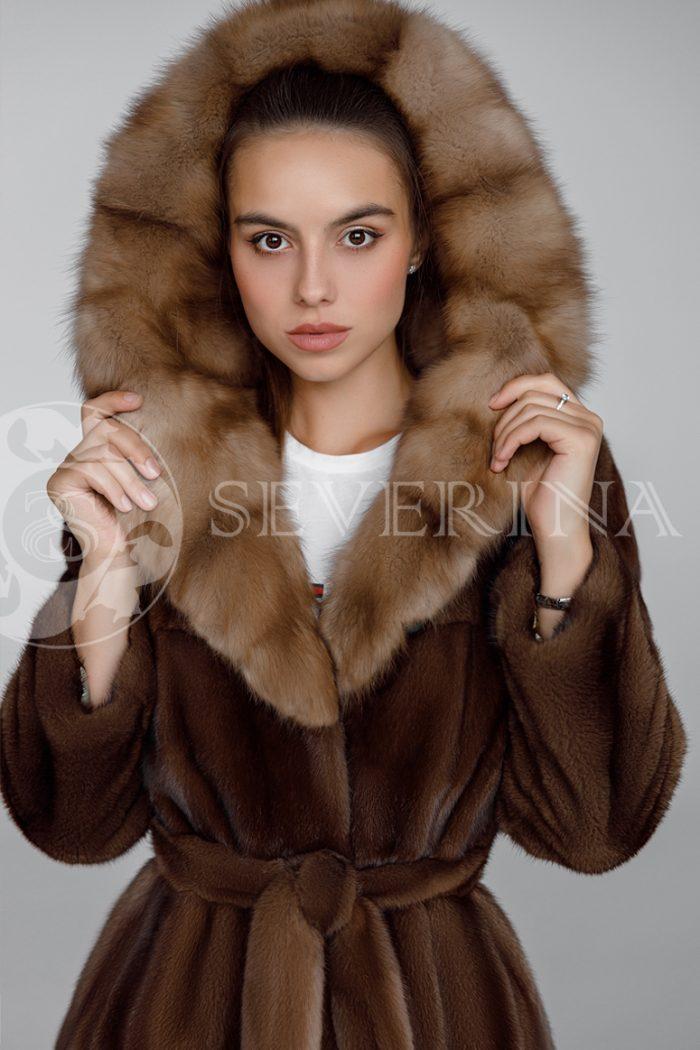 shuba norka oreh kapjushon sobol 2 700x1050 - шуба из меха норки brown с отделкой мехом куницы